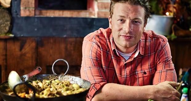 Jamie Oliver Panned Over Paella Recipe Discover Mallorca
